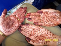 Henna donw by my niece in India