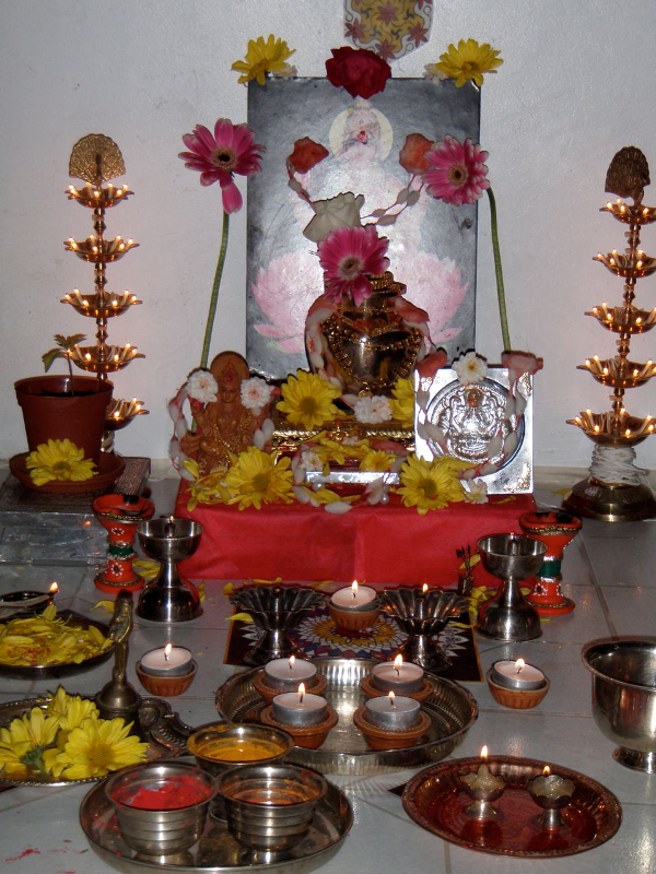 how to clean silver pooja items at home