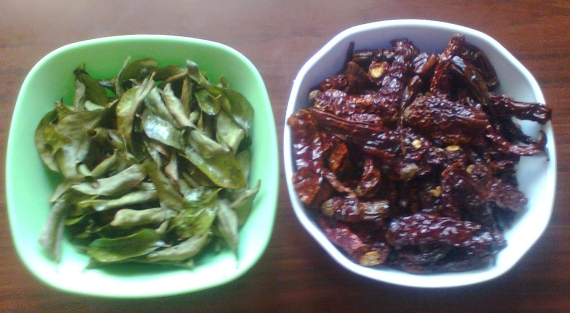 Fried chilly and curry leaves